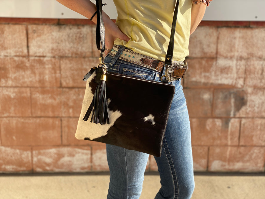 A0046-1 COW HIDE CLUTCH SINGLE