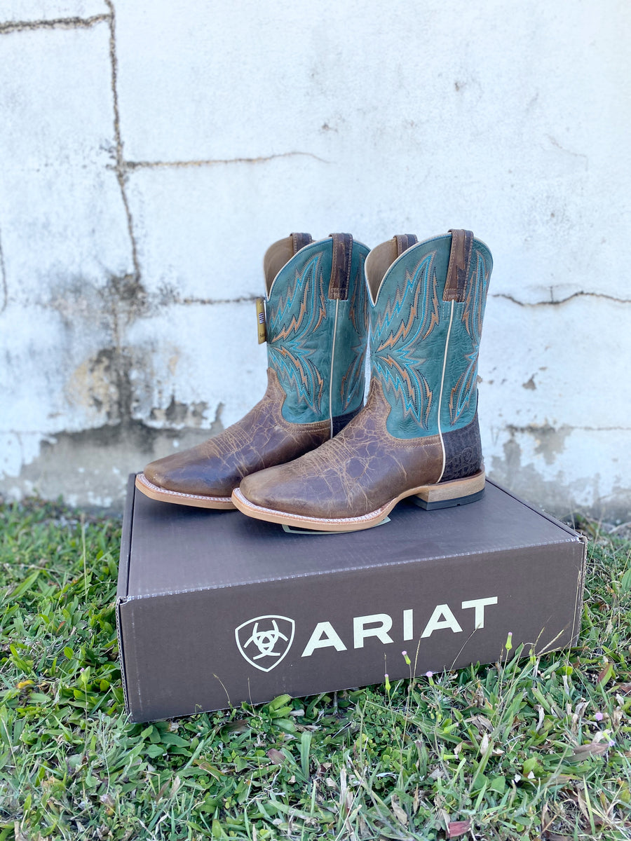 10021679 ARIAT MENS REBOUND DUSTED WHEAT/HERITAGE BLUE