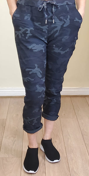Camouflage magic pants