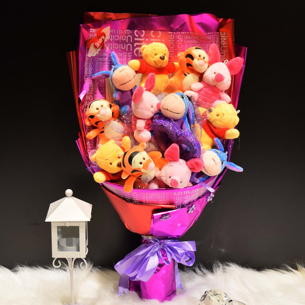 Pooh Family Sided Bouquet (PFS01)