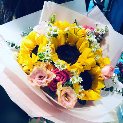 Sunflowers & Roses Bouquet (FD085)