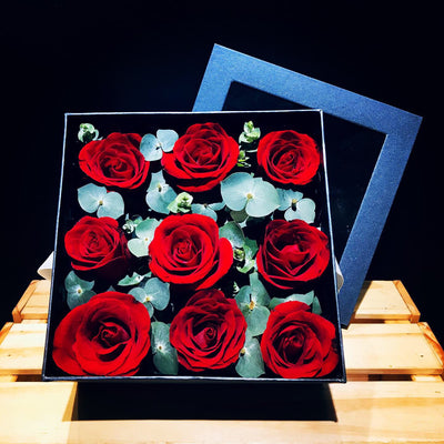 Box of Fresh Roses (FD071)