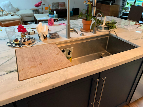 Large single bowl ledge sink with cutting board