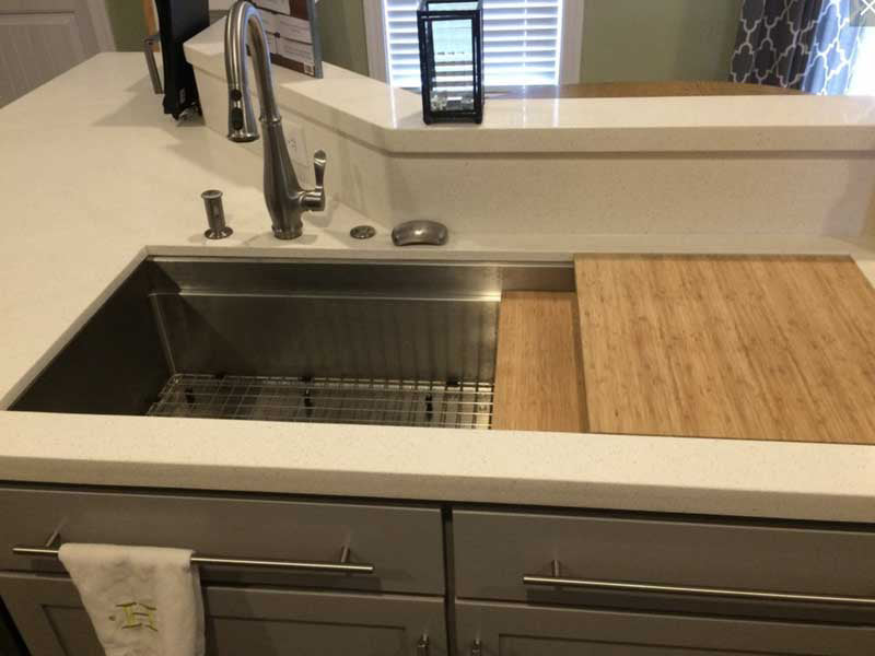 Oversized Ledge Sink with Large Cutting Boards