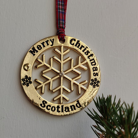 Scottish Hanging Christmas Roundel Snowflake