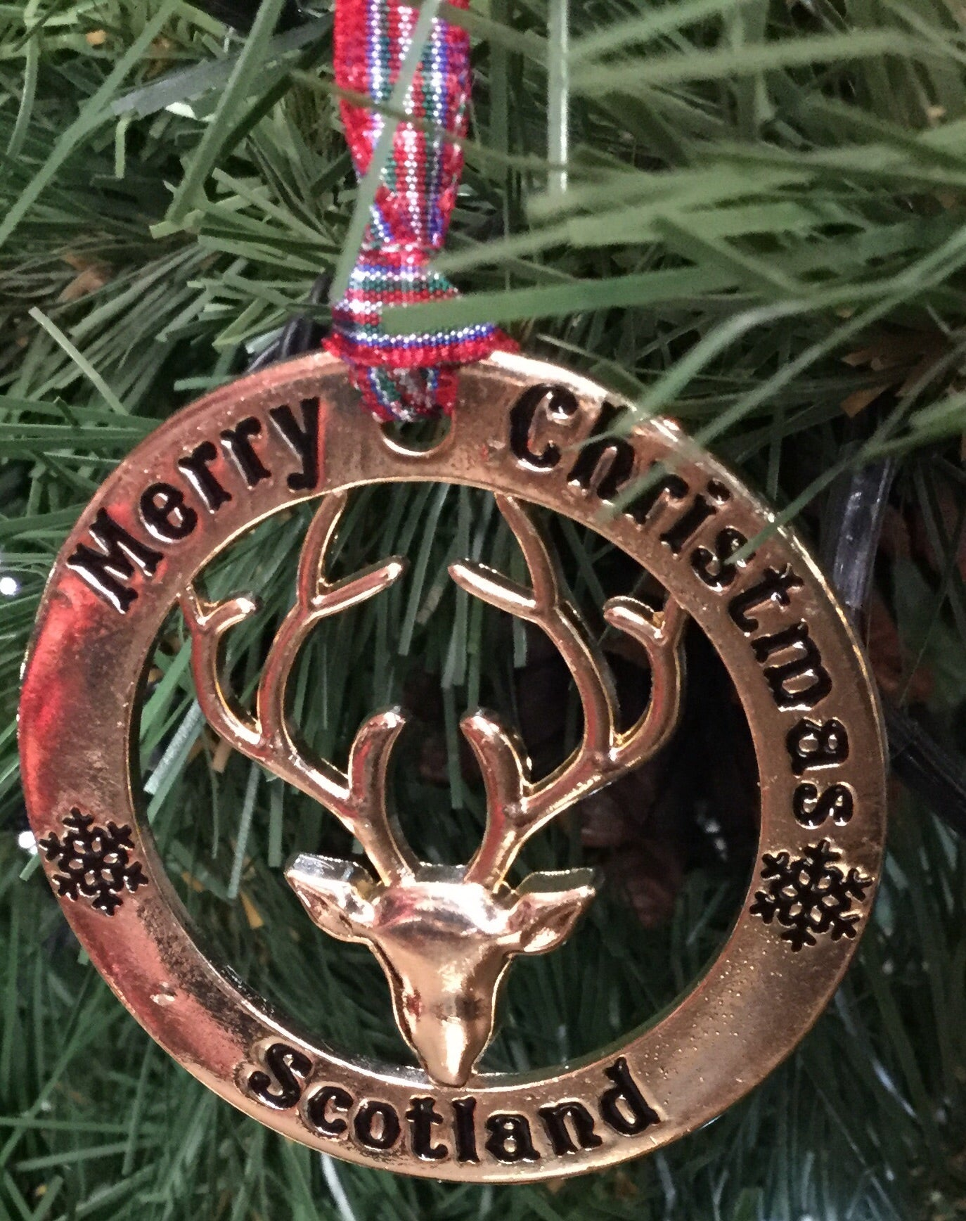 Scottish Hanging Christmas Roundel Stag