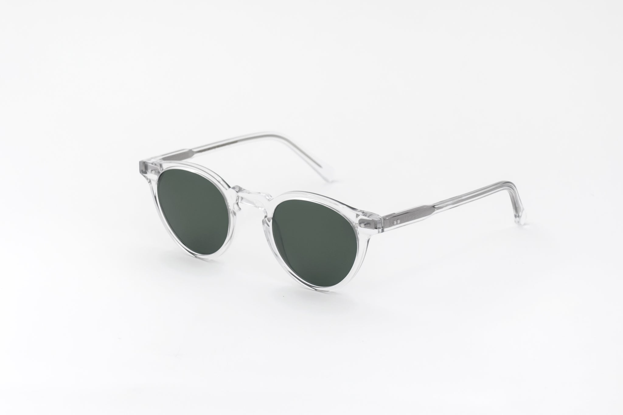 monokel eyewear sunglasses forest crystal / green solid lens