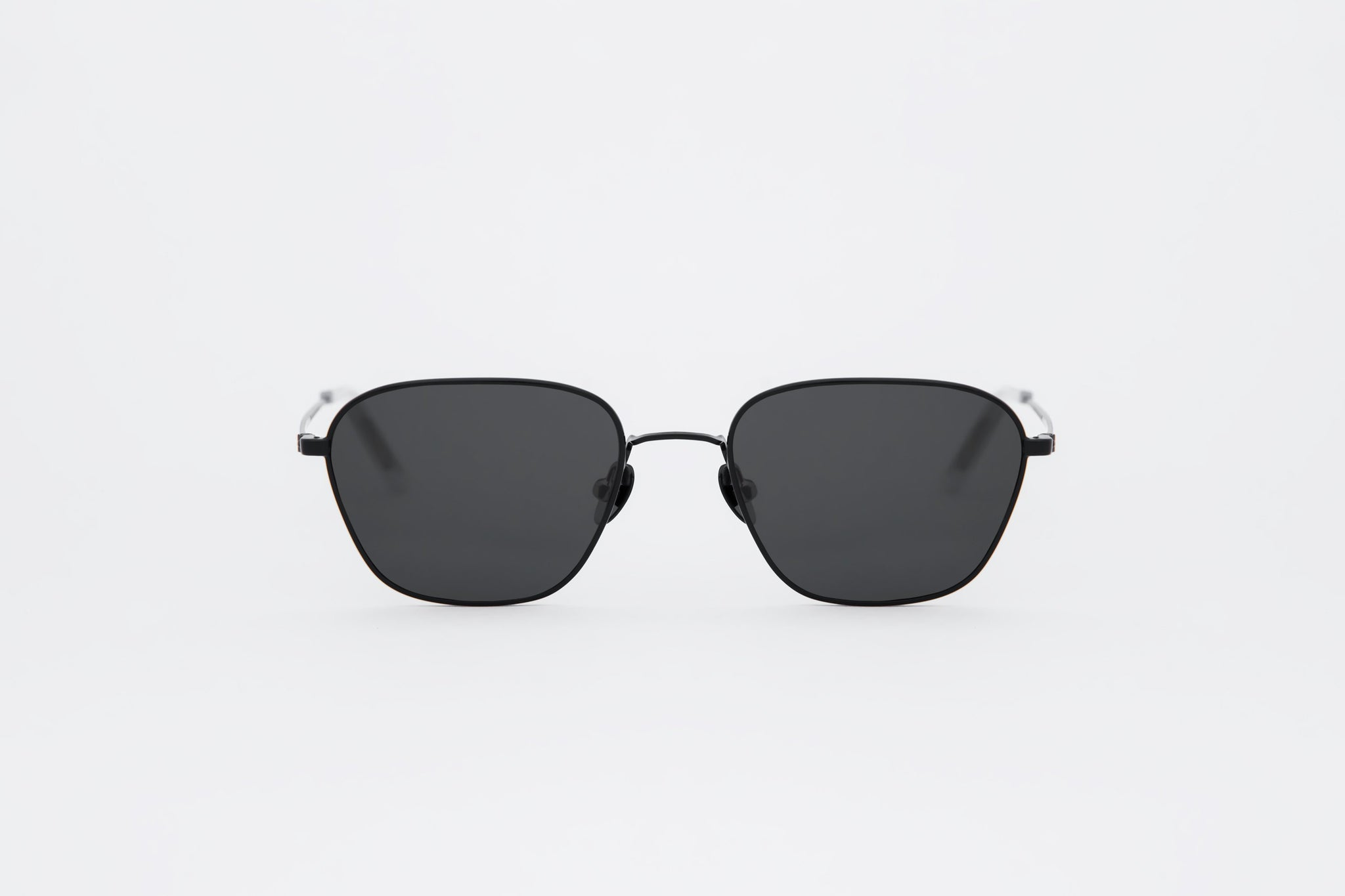 monokel eyewear sunglasses otis black / green solid lens