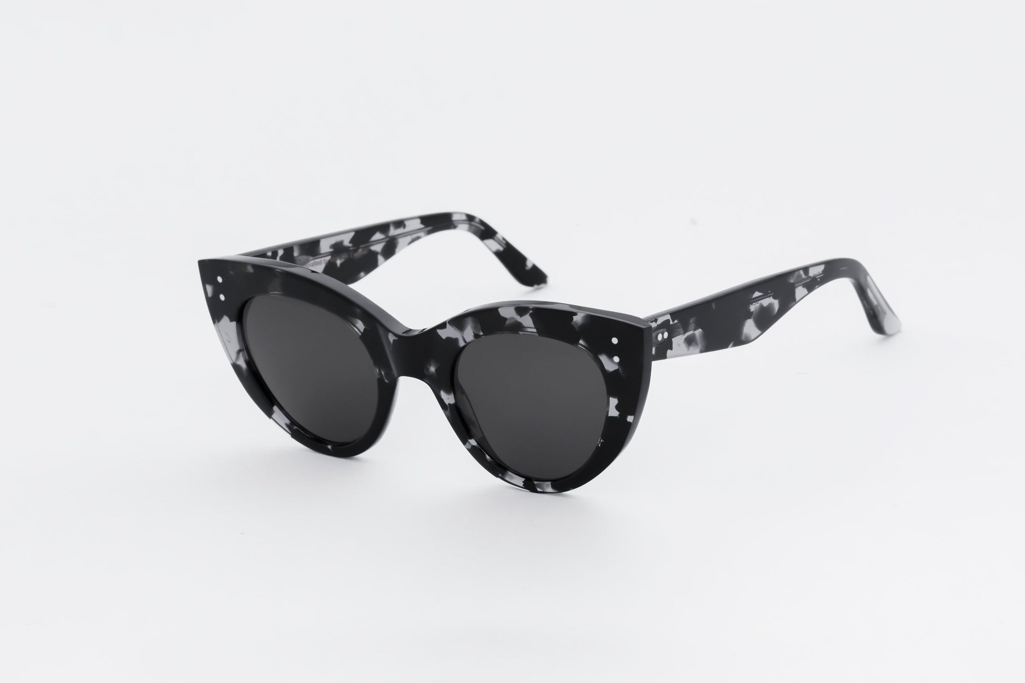 monokel eyewear sunglasses june black/grey-havana / grey solid lens