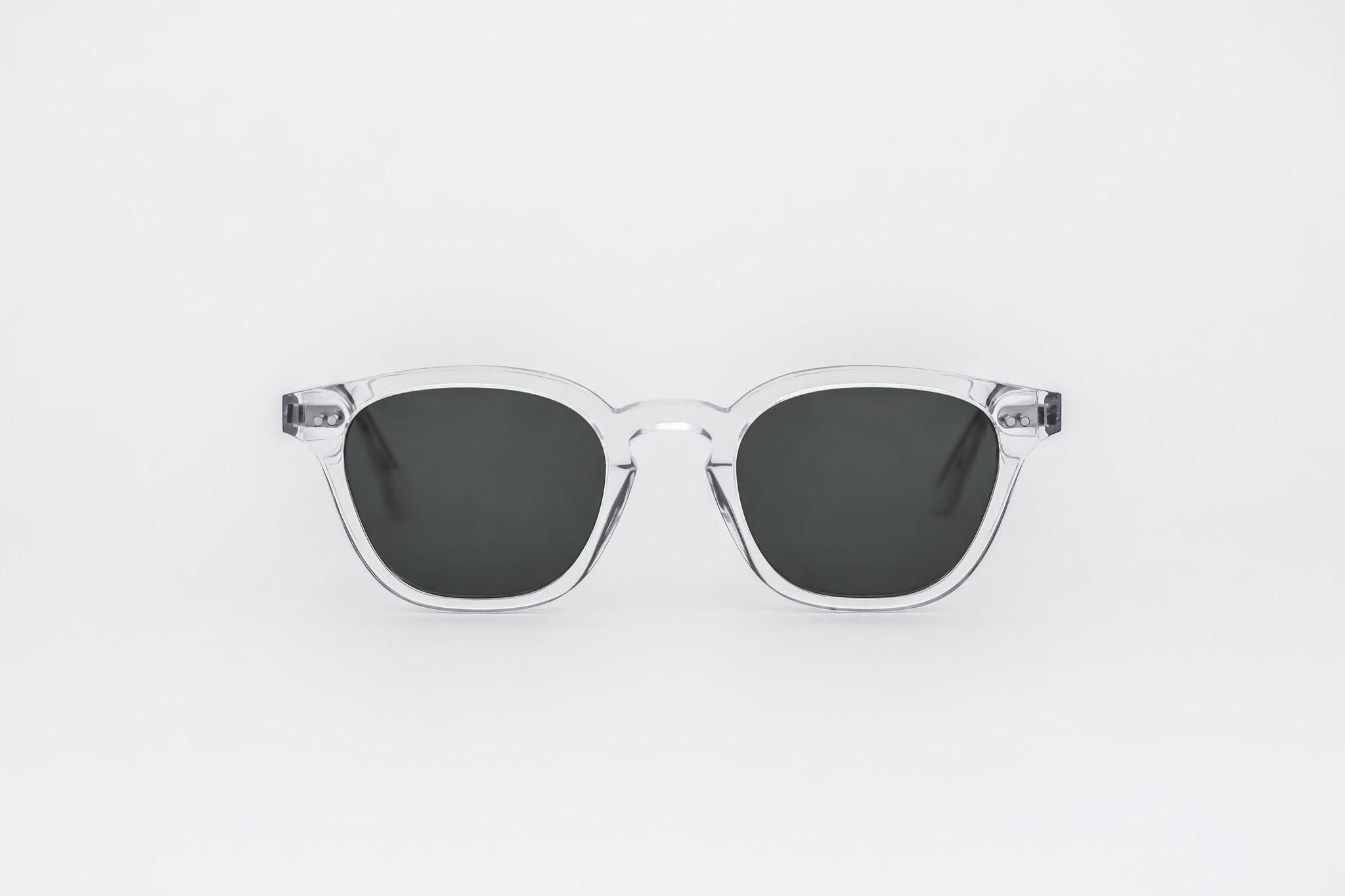 monokel eyewear sunglasses river crystal / green solid lens