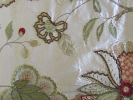 #F4103/01 Baptista Silk Pink/Green  Colefax and Fowler