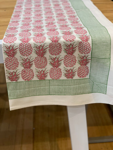 PINEAPPLE TABLECLOTH 12 SEATER
