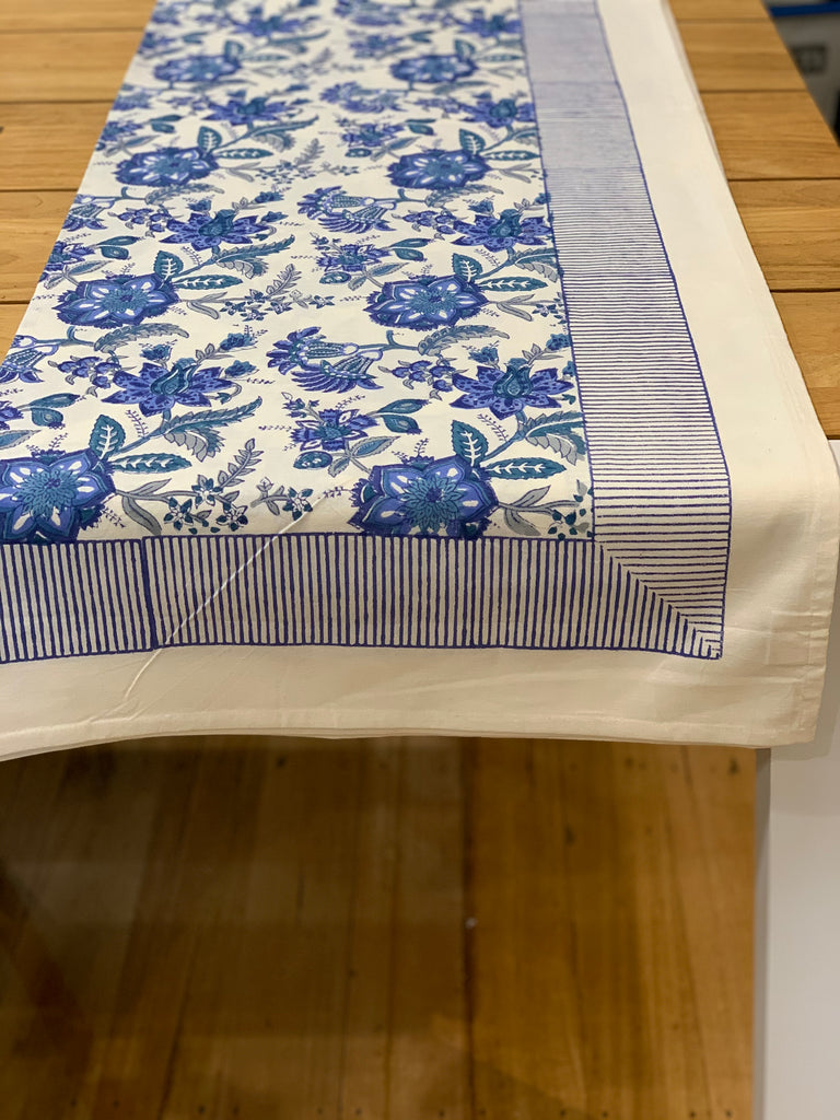 CASTAWAY FLORAL TABLECLOTH 8 SEATER