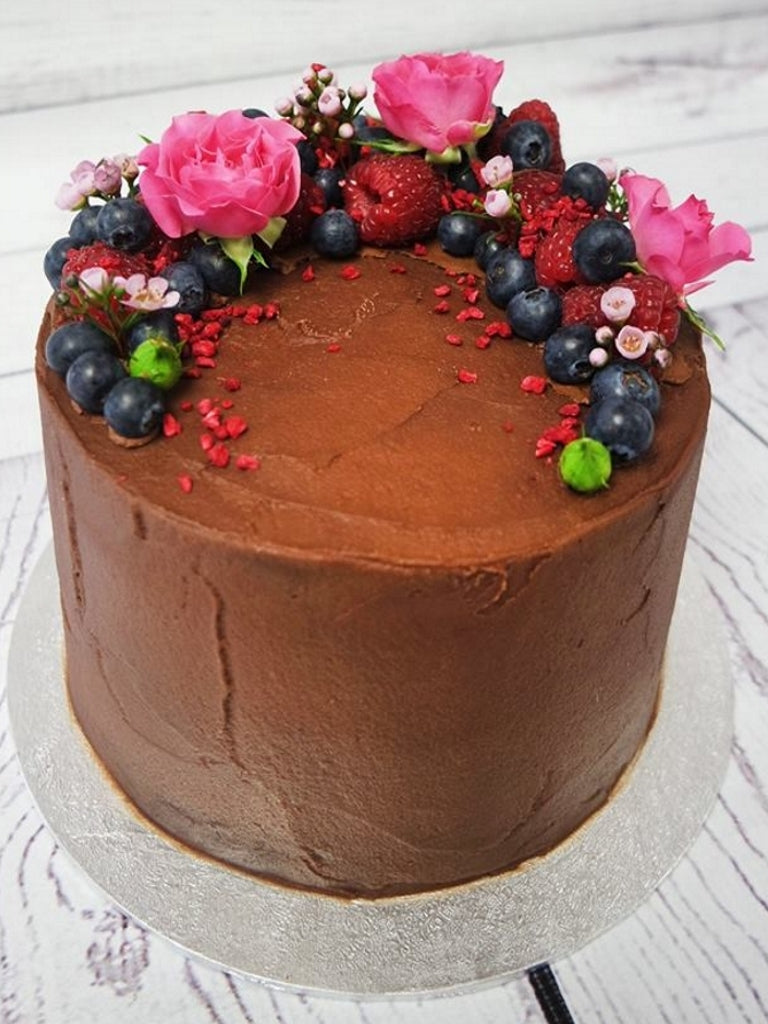Chocolate Fresh Fruit Flower Cake