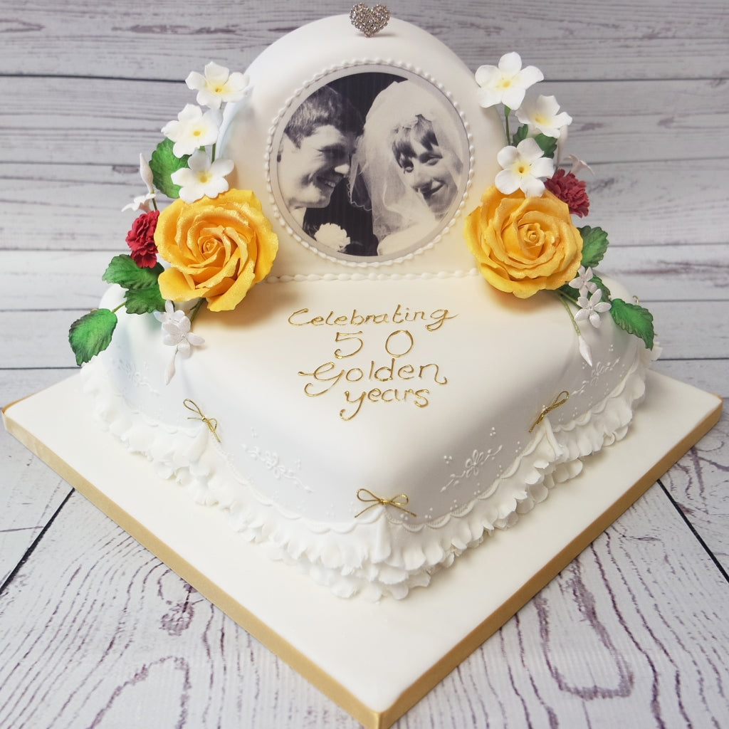 Crafty Cakes Exeter Uk Golden Wedding Anniversary Cake With Edible Plaque