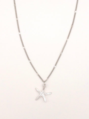 Short Starfish Necklace in Silver