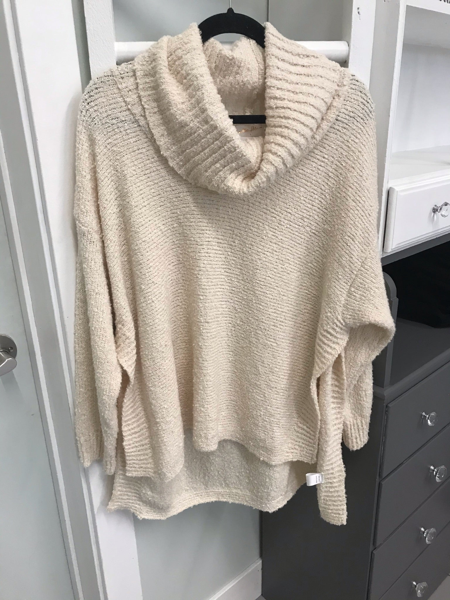 Jazelle Oversized Sweater - Cream