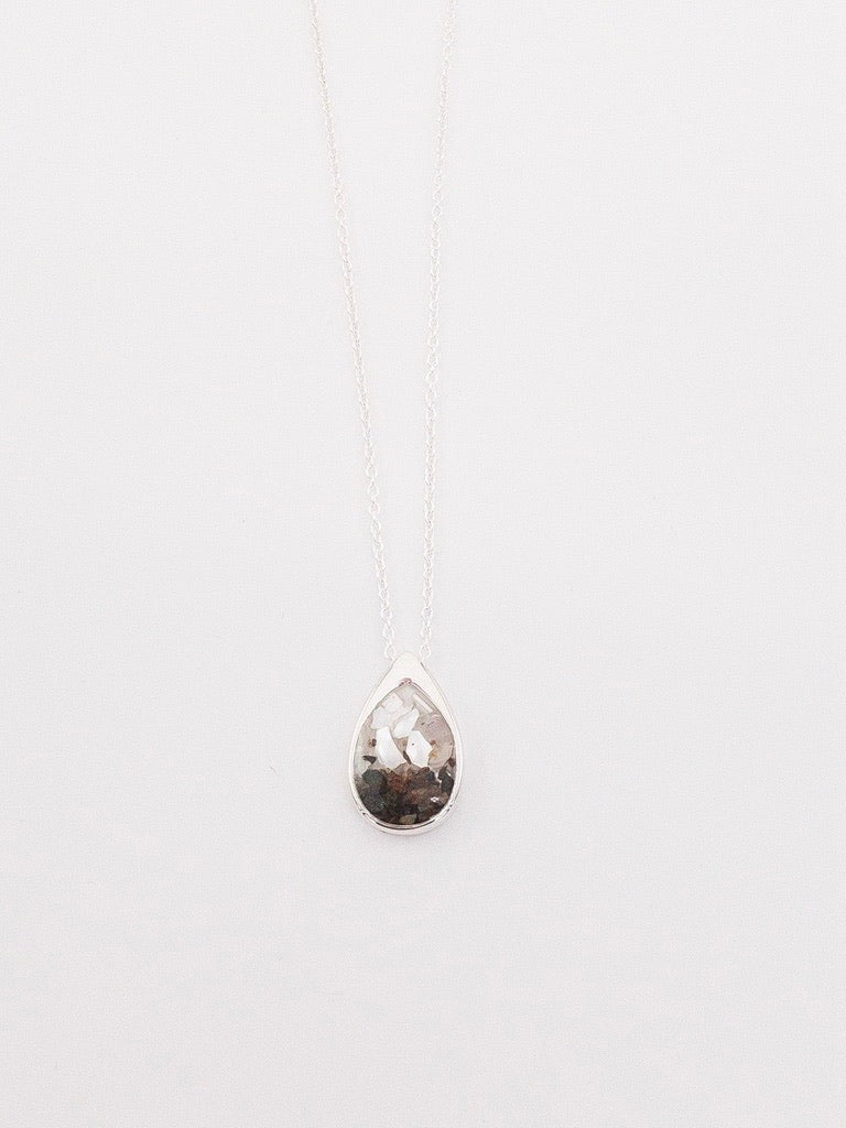 Dune Teardrop Necklace