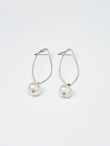 Amelia Earrings in Silver