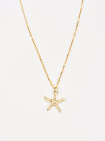 Short Starfish Necklace in Gold