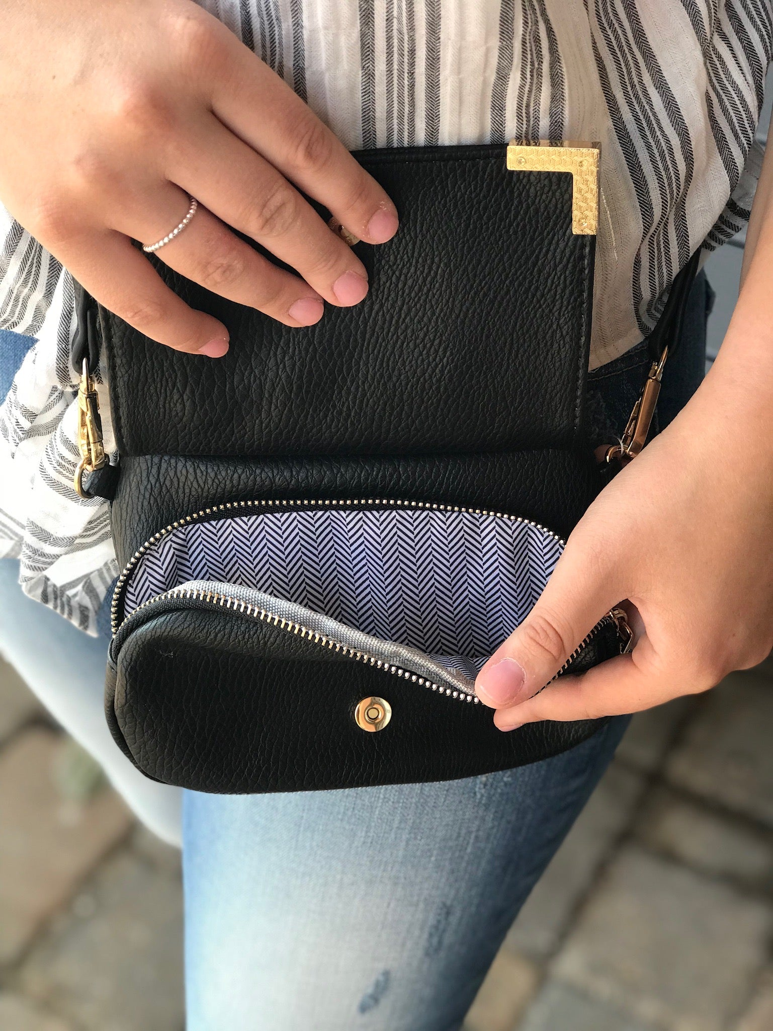Jacelyn small purse