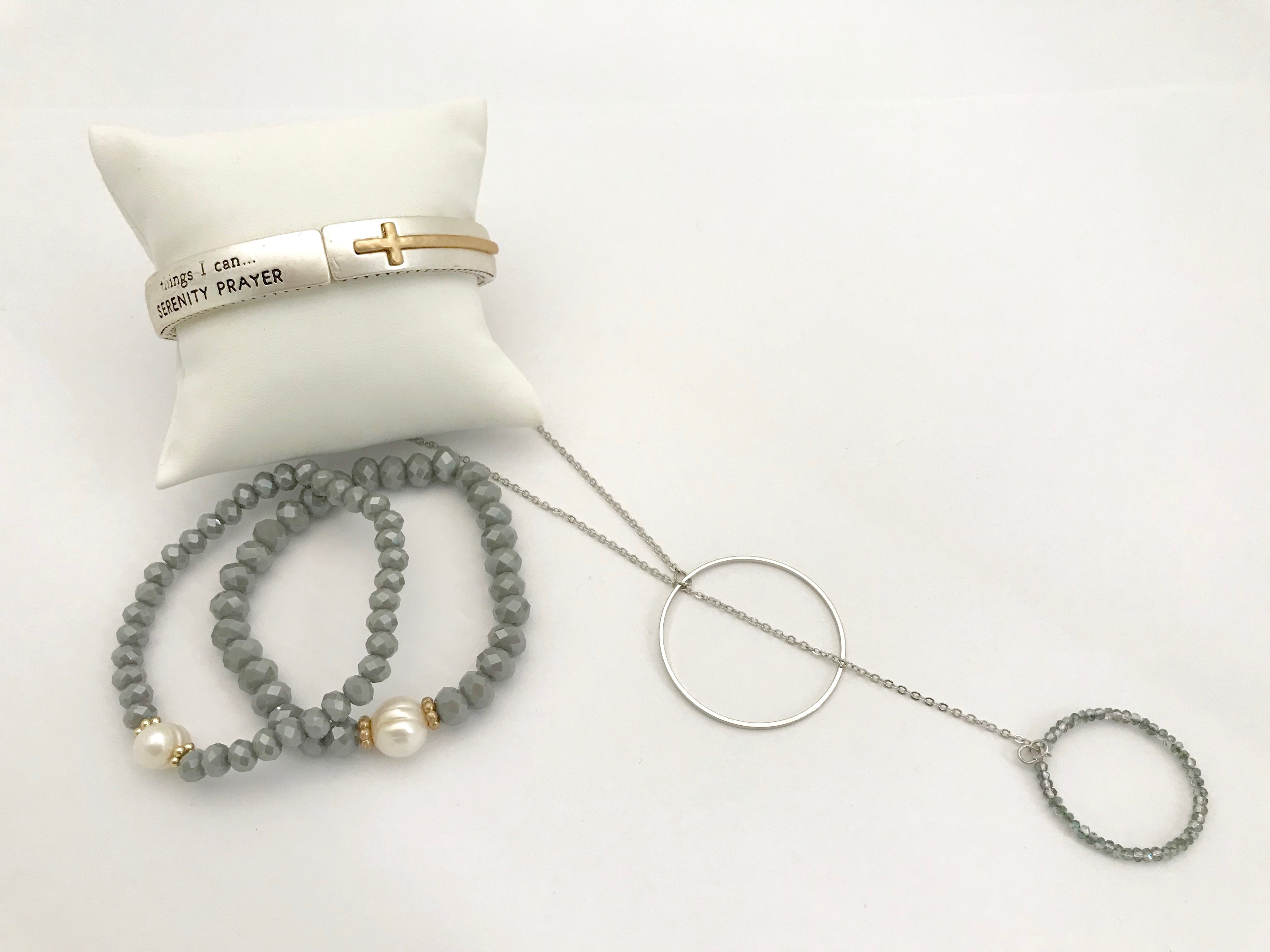 Adeline Beaded Bracelet with Small Pearl