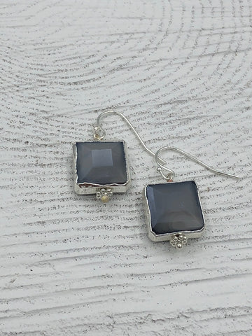 Megan Earrings - Gray