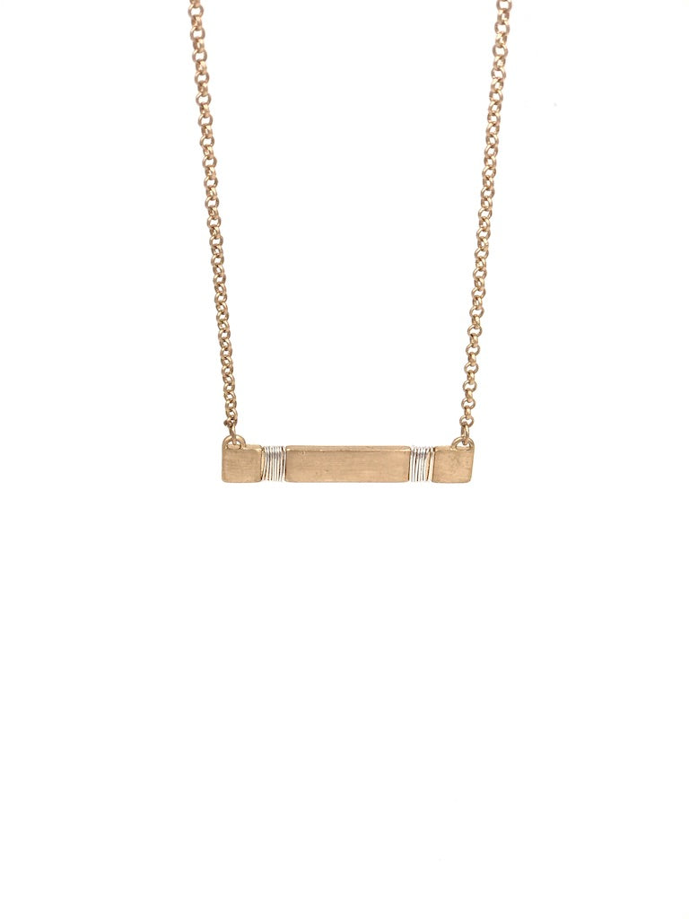 Rosie Side Bar Necklace in Gold