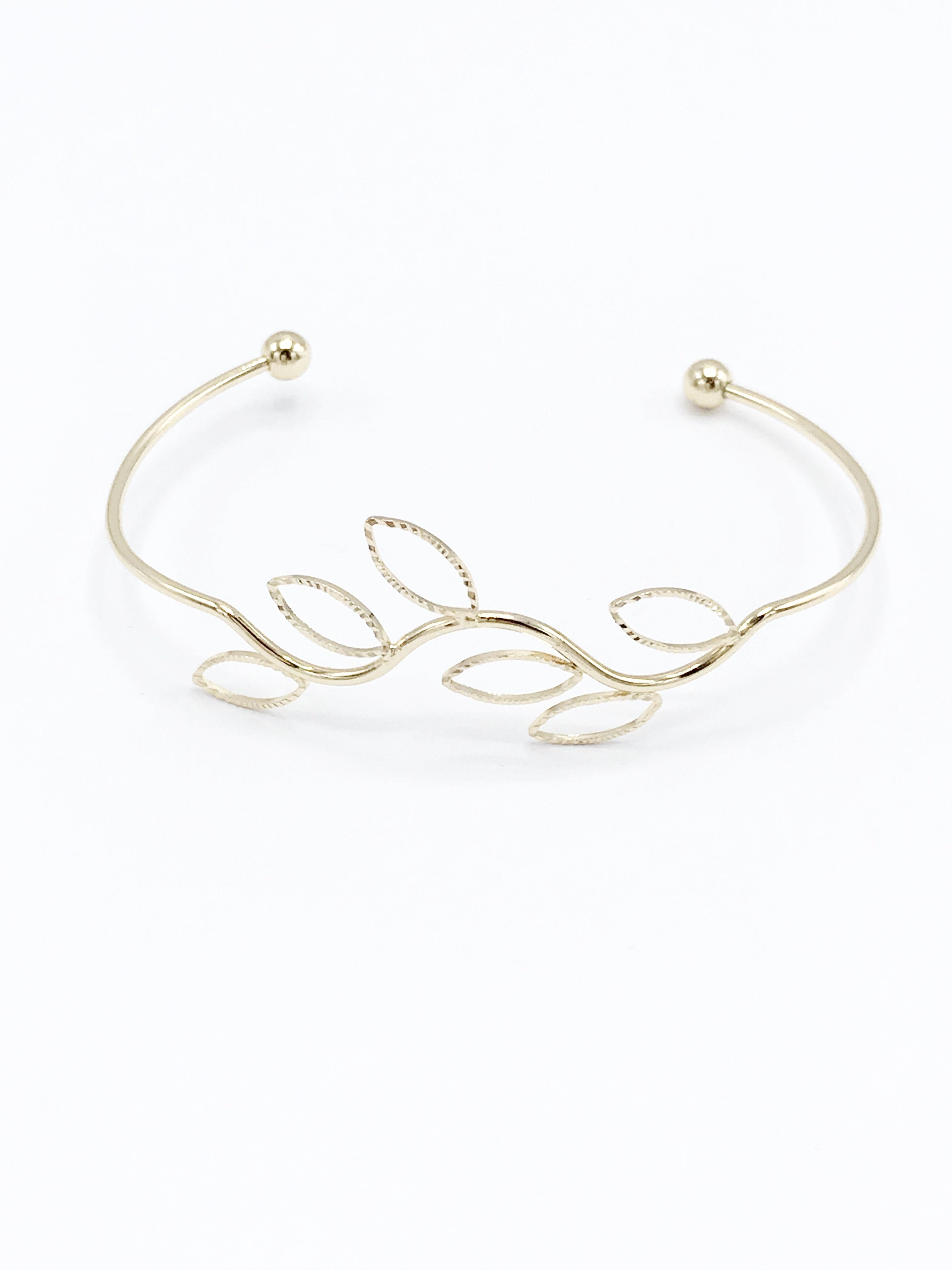 Gold Leaves Bracelet