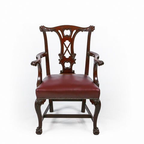 A VERY FINE GEORGE III GAINSBOROUGH ARMCHAIR - REF No. 8013