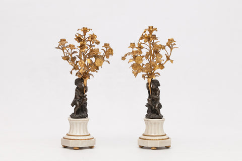A FINE & ATTRACTIVE PAIR OF ORMOLU AND BRONZE SIX LIGHT CANDELABRA - REF No. 1008