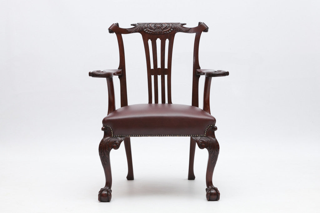 A VERY FINE CARVED MAHOGANY ARMCHAIR BY BUTLER OF DUBLIN - REF No. 8003