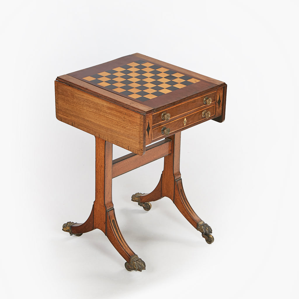 A VERY FINE REGENCY GAMES TABLE - REF No. 9056