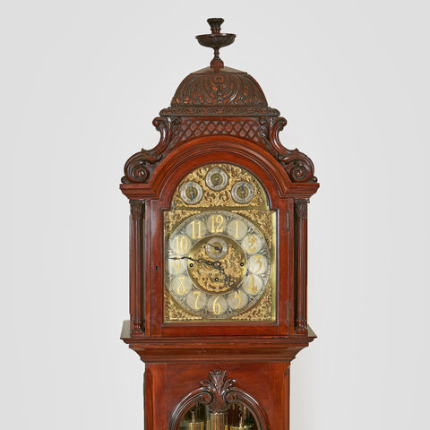 A FINE & ATTRACTIVE FRENCH CLOCK GARNITURE - REF No. 104