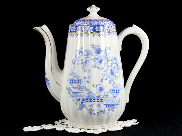Seltmann Weiden Deutschland Blau China Chocolate or Coffee Pot, Blue and White China 12702 - The Vintage Teacup - 1