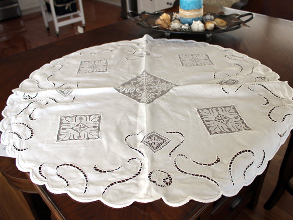 Linen and Lace Insert Tablecloth, Small Circular White Linen Table Cloth, 13008 - The Vintage Teacup - 6