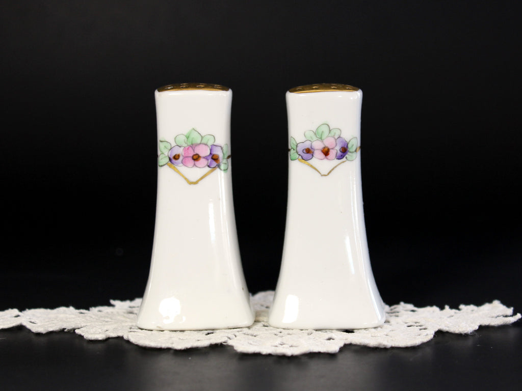 Salt and Pepper Shakers, Hand Painted China, Salt and Pepper, Made in Japan, 1950s 13193