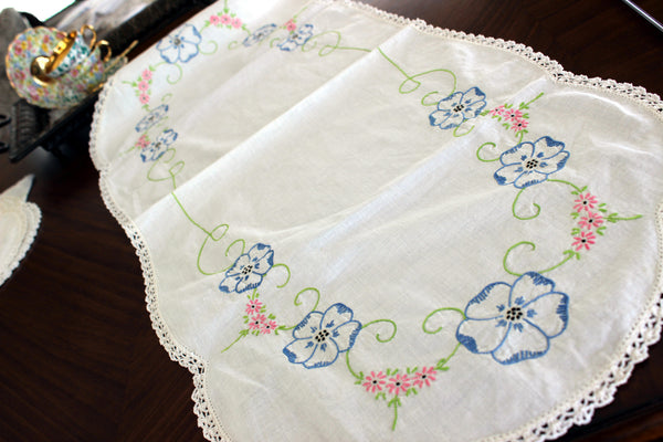 Embroidered Table Runner, Vintage Linen Table Scarf, Crochet Lace Edging 13302 - The Vintage Teacup - 5