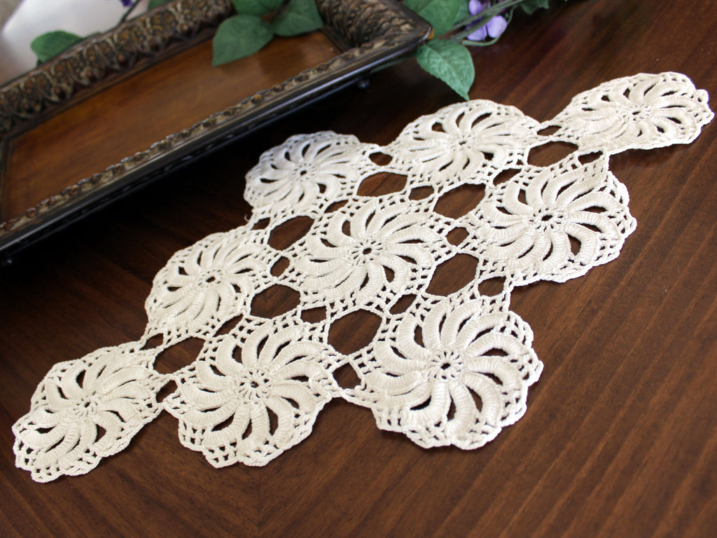 Large White Doily, Vintage Crochet Doilies, Vintage Table Linens, Spinner Design  13351 - The Vintage Teacup