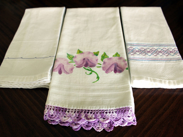 3 Guest Towels, Assorted Fingertip Cloths, Vintage Linens 13477 - The Vintage Teacup - 5