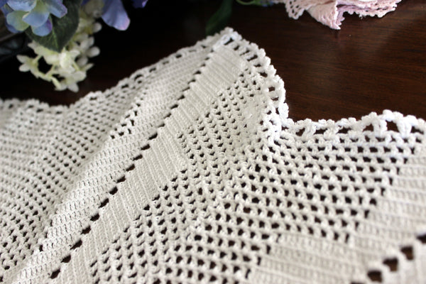 Large Crochet Topper, Large Crocheted Centerpiece, White Table Cover 13523 - The Vintage Teacup - 4