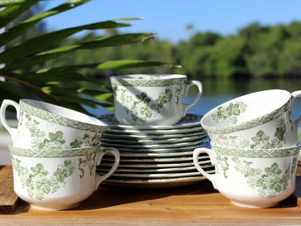 Vienna New Wharf Pottery, Dessert Set Pieces, Teacups, Saucers, Side Plates, 13653 - The Vintage Teacup - 7