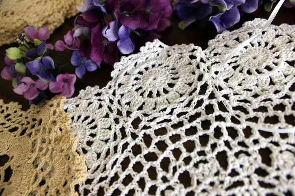 Lot of 8 NEW Assorted Doilies, Vintage Crochet Doilies,  Crocheted Doily Lot 13746
