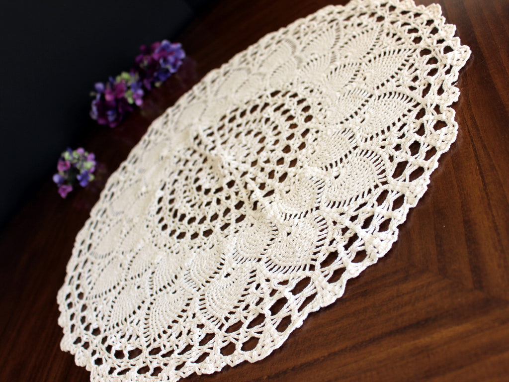 Large Doily, Crochet Topper, Pale Cream Crocheted Centerpiece, Vintage Table Cover 13768 - The Vintage Teacup