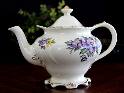 Sadler Teapot, 4 Cup Sadler Porcelain Tea Pot, 14072 - The Vintage Teacup