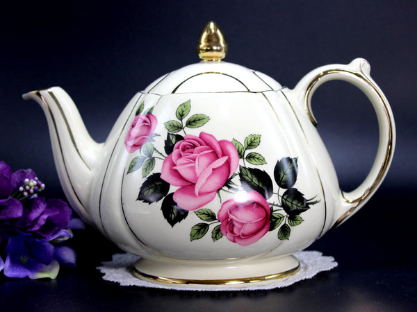 Sadler Tea Pot, Pink Roses Teapot, Pot Bellied, 4 Cup Pot 14183