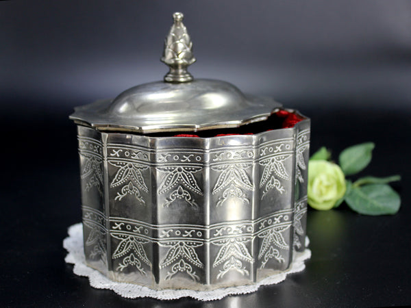 Silverplate Godinger Reproduction, Lidded Trinket Box, 1980s Jewelry Box 14256 - The Vintage Teacup