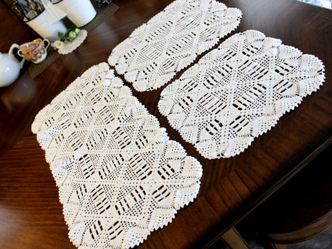 Crocheted Table Runner, Matching Doily Set, White Table Scarf, Vintage Table Linens 14297