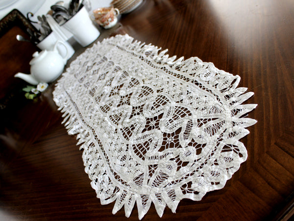 Battenburg Lace Table Runner, White Lace Table Scarf, Vintage Linens 14362