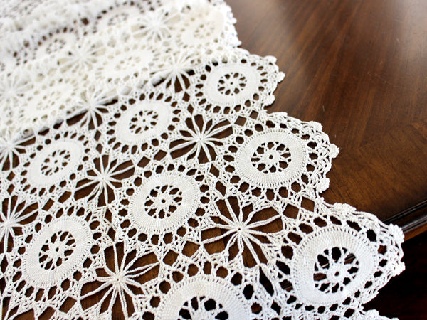 Crocheted Table Runner, Off White Table Scarf, Vintage Table Linens, Handmade 14569 - The Vintage Teacup